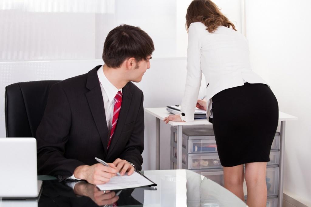 Начальник секретарша и босс